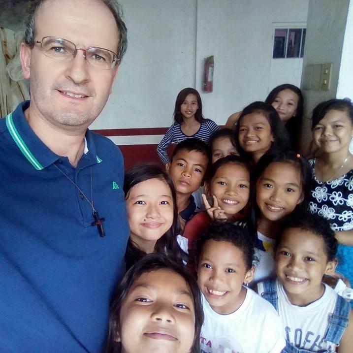 Ciascuno di noi è MISSIONE – La lettera di P.Simone da Manila