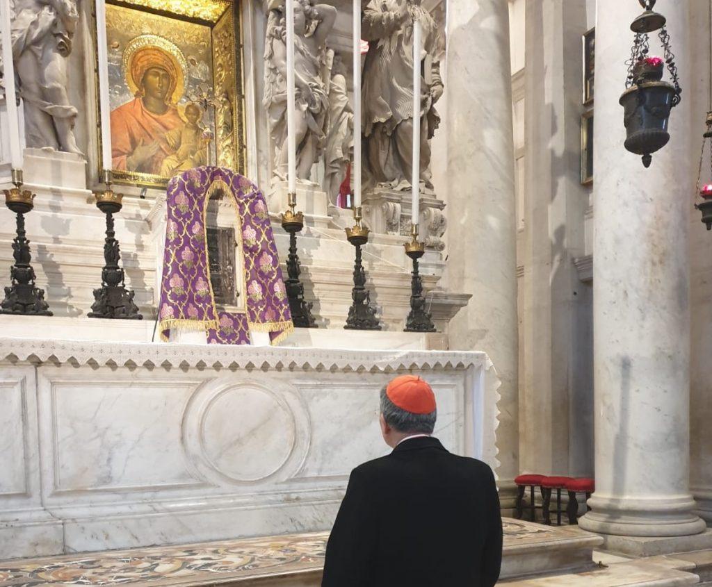 """""""Portate i pesi gli uni degli altri"""": lettera del Patriarca alla Diocesi"""